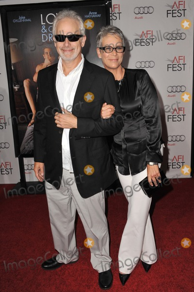 Photos And Pictures Jamie Lee Curtis Husband