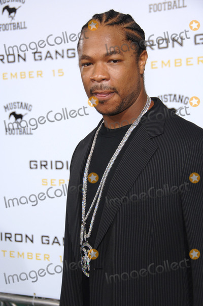 "Alvin ""Xzibit"" Joiner, Alvin 'Xzibit' Joiner, Alvin Joiner, Alvin Xzibit Joiner, Xzibit, Grauman's Chinese Theatre Photo - Actor ALVIN JOINER, aka ""XZIBIT"", at the Los Angeles premiere of his new movie ""Gridiron Gang"" at the Grauman's Chinese Theatre, Hollywood.