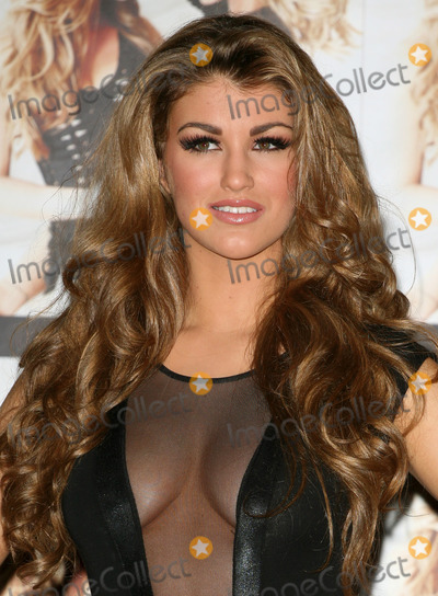 Amy Willerton, Katie Price Photo - 'Signed By Katie Price' winner Amy Willerton poses at the presscall, The Worx, London. 19/01/2012  Picture by: Alexandra Glen / Featureflash