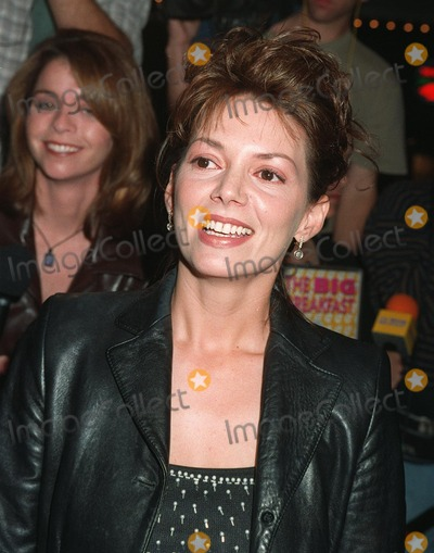 """Joanne Whalley Photo - 11NOV97: British actress JOANNE WHALLEY at premiere in Los Angeles of her new movie, """"The Man Who Knew Too Little."""""""