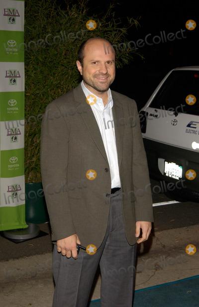Enrico Colantoni Photo - Actor ENRICO COLANTONI at the 12th Annual Environmental Media Awards in Los Angeles.20NOV2002.   Paul Smith / Featureflash