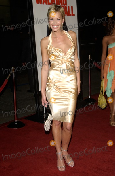 Ashley Scott Walking Tall Dance Photos and Pict...