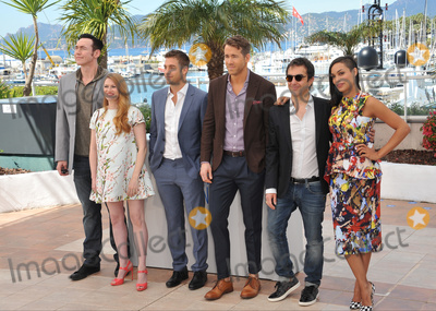"Atom Egoyan, Mireille Enos, Rosario Dawson, Scott Speedman, Kevin Durand Photo - LtoR: Kevin Durand, Mireille Enos, Scott Speedman, director Atom Egoyan & Rosario Dawson at the photocall for their movie ""Captives"" at the 67th Festival de Cannes.