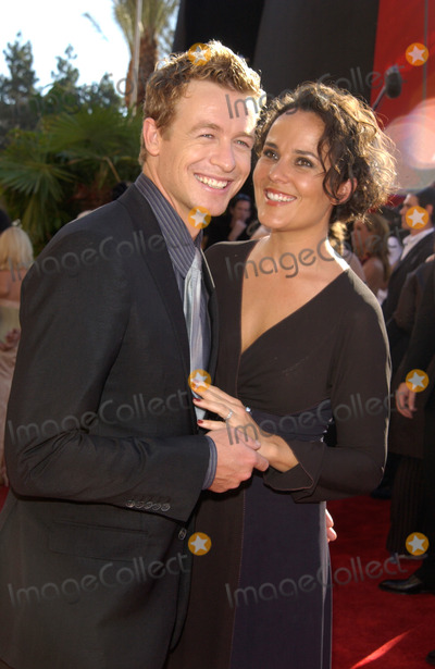 Photos and Pictures - SIMON BAKER & wife at the 2002 Emmy ...