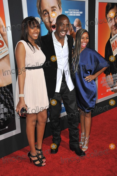 "J.B. Smoove, JB Smoove Photo - J.B. Smoove & wife & daughter at the world premiere of ""Hall Pass"" at the Cinerama Dome, Hollywood.