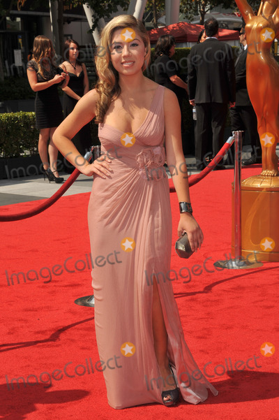 Jennette McCurdy Photo - Jennette McCurdy at the 2011 Primetime Creative Arts Emmy Awards at the Nokia Theatre L.A. Live.September 10, 2011  Los Angeles, CAPicture: Paul Smith / Featureflash