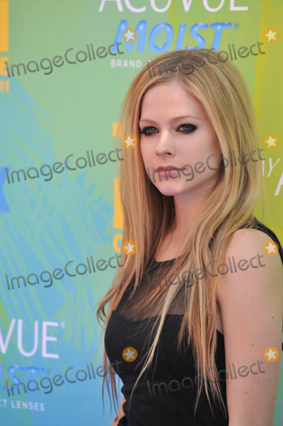 Avril Lavigne Photo - Avril Lavigne at the 2011 Teen Choice Awards at the Gibson Amphitheatre, Universal Studios, Hollywood.August 7, 2011  Los Angeles, CAPicture: Paul Smith / Featureflash