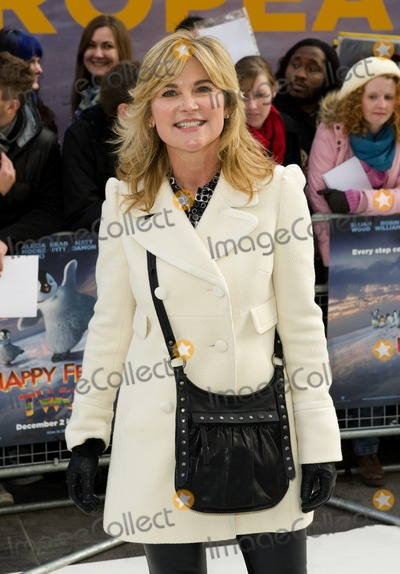 Anthea Turner Photo - Anthea Turner arriving for the UK Premier of Happy Feet Two at the Empire Cinema in Leicester Square London. 20/11/2011 Picture by: Simon Burchell / Featureflash