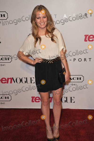 Ashley Hinshaw Photo - Ashley Hinshaw at the 9th Annual Teen Vogue Young Hollywood Party at Paramount Studios, Hollywood.