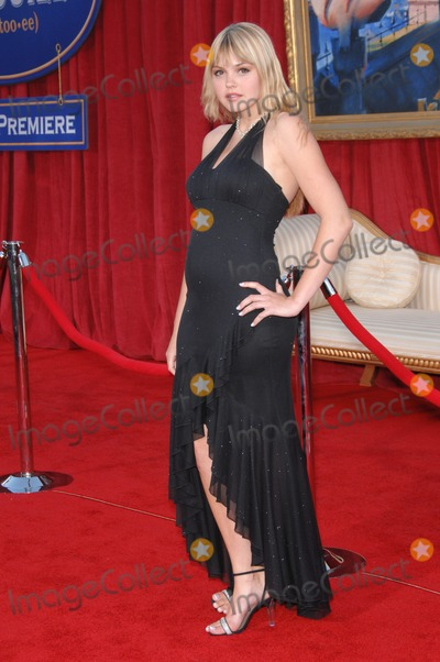 "Aimee Teagarden, Anouk Aimé Photo - Aimee Teagarden at the world premiere of ""Ratatouille"" at the Kodak Theatre, Hollywood.June 23, 2007  Los Angeles, CAPicture: Paul Smith / Featureflash"