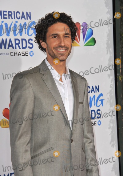 Ethan Zohn Photo - Ethan Zohn at the American Giving Awards at the Dorothy Chandler Pavilion in Los Angeles.December 9, 2011  Los Angeles, CAPicture: Paul Smith / Featureflash