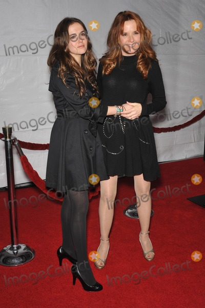 "Lea Thompson, Zoey Deutch, Grauman's Chinese Theatre, Léna Jam-Panoï Photo - Lea Thompson & daughter Zoey Deutch at the Los Angeles premier of ""The Lovely Bones"" at Grauman's Chinese Theatre, Hollywood.