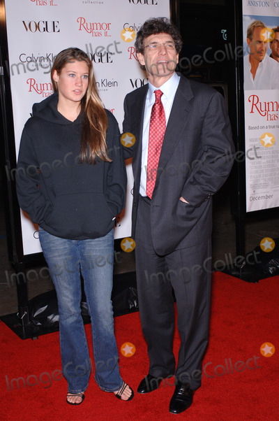 Alan Horn, Cassidy, Alan Horne Photo - Warner Bros. CEO ALAN HORN & daughter CASSIDY at the world premiere, in Hollywood, of Rumor Has It.December 15, 2005  Los Angeles, CA. 2005 Paul Smith / Featureflash