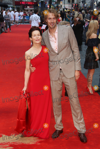 Chris Tomlinson, Alice Krige, Leicester Square Photo - Alice Krige and Chris Tomlinson arriving for the Chariots of Fire Premiere held at the Empire Leicester Square - London, England. 10/07/2012 Picture by: Henry Harris / Featureflash