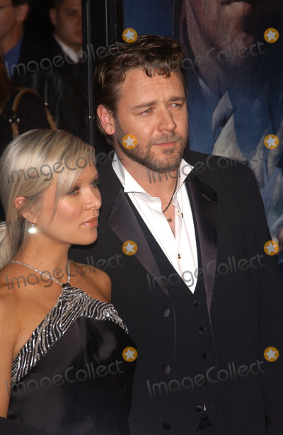 Photos and Pictures - Actor RUSSELL CROWE & wife DANIELLE SPENCER at