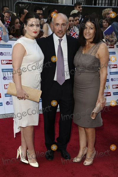 Barry McGuigan Photo - Barry McGuigan and family arriving for the 2011 Pride Of Britain Awards, at the Grosvenor House Hotel, London. 04/10/2011 Picture by: Steve Vas / Featureflash