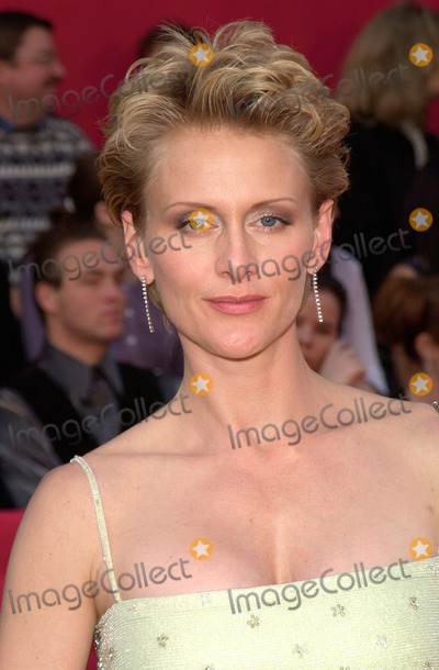 "Andrea Thompson Photo - 05MAR2000:  ""NYPD Blue"" star ANDREA THOMPSON at the 2nd Annual TV Guide Awards, in Los Angeles.    