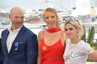"Blake Lively, Kristen Stewart, Corey Stoll Photo - Actor Corey Stoll with actresses Blake Lively & Kristen Stewart at the photocall for ""Cafe Society"" at the 69th Festival de Cannes.