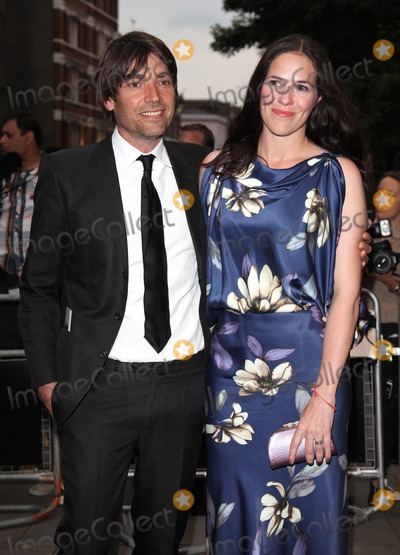 Alex James Photo - Alex James and wife arriving for the 2012 GQ Men Of The Year Awards, Royal Opera House, London. 05/09/2012 Picture by: Alexandra Glen / Featureflash