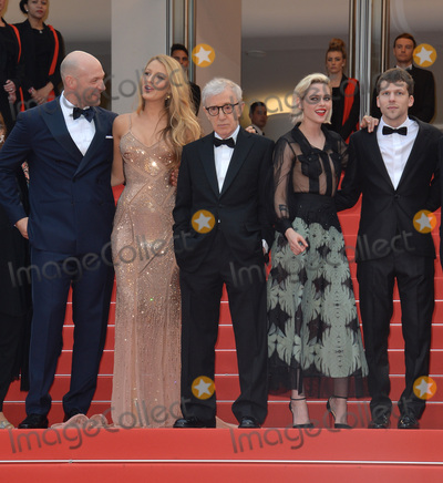 "Blake Lively, Jesse Eisenberg, Kristen Stewart, Woody Allen, Corey Stoll Photo - Director Woody Allen with actors Jesse Eisenberg, Kristen Stewart, Blake Lively & Corey Stoll at the gala premiere of Woody Allen's ""Cafe Society"" at the 69th Festival de Cannes.
