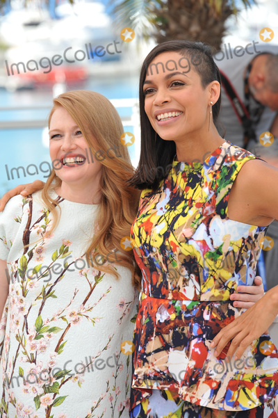 """Mireille Enos, Rosario Dawson Photo - Mireille Enos & Rosario Dawson (right) at the photocall for their movie """"Captives"""" at the 67th Festival de Cannes.May 16, 2014  Cannes, FrancePicture: Paul Smith / Featureflash"""