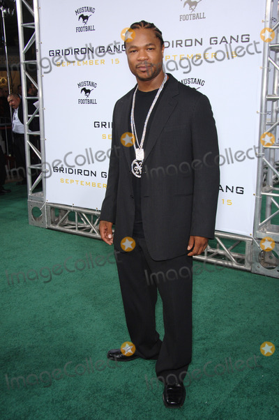 """Alvin """"Xzibit"""" Joiner, Alvin 'Xzibit' Joiner, Alvin Joiner, Alvin Xzibit Joiner, Xzibit, Grauman's Chinese Theatre Photo - Actor ALVIN JOINER, aka """"XZIBIT"""", at the Los Angeles premiere of his new movie """"Gridiron Gang"""" at the Grauman's Chinese Theatre, Hollywood.September 5, 2006  Los Angeles, CA 2006 Paul Smith / Featureflash"""
