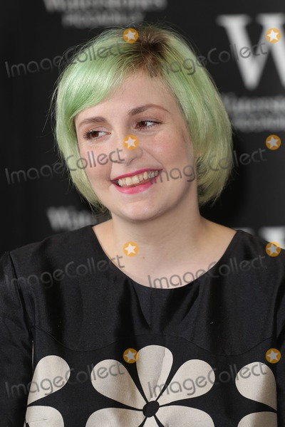 Lena Dunham Photo - Lena Dunham signs copies of her book 'Not That Kind of Girl' at Waterstones, London. 29/10/2014 Picture by: James Smith / Featureflash