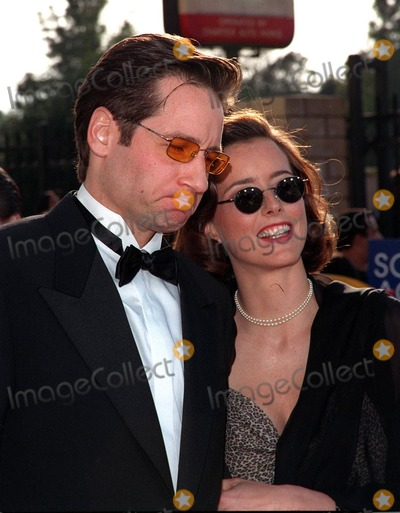 "David Duchovny, Tea Leoni Photo - 08MAR98:  ""X-Files"" star DAVID DUCHOVNY & wife TEA LEONI at the Screen Actors Guild Awards in Los Angeles."
