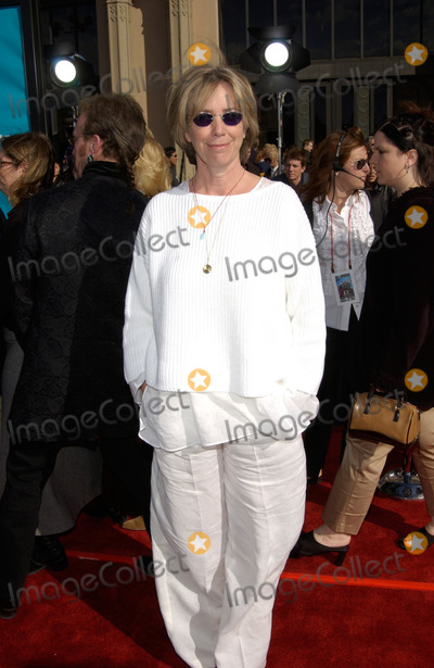 Melissa Mathison Photo - Screenwriter MELISSA MATHISON at the 20th anniversary premiere of her movie E.T. The Extra-Terrestrial, in Los Angeles.16MAR2002.   Paul Smith / Featureflash