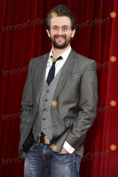 Glen Wallace Photo - Glen Wallace arrives at the British Soap awards 2011 held at the Granada Studios, Manchester.