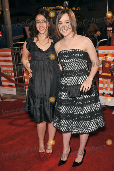 """Ellen Page, Olivia Thirlby Photo - Olivia Thirlby (left) & Ellen Page at the Los Angeles premiere of their new movie """"Juno"""" at Mann Village Theatre, Westwood.December 3, 2007  Los Angeles, CAPicture: Paul Smith / Featureflash"""