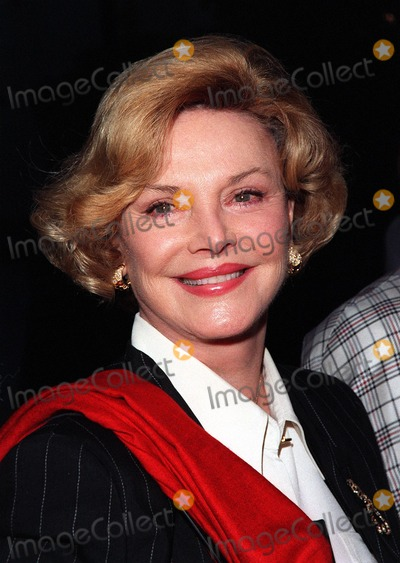 "Barbara Sinatra, Frank Sinatra Photo - 06APR98:  BARBARA SINATRA (wife of Frank Sinatra) at the premiere of  ""The Odd Couple II"" in Hollywood."