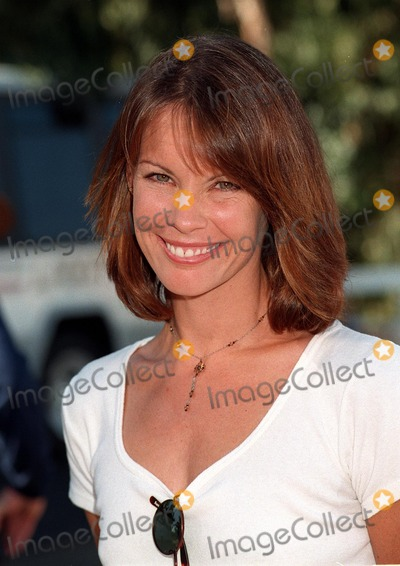 Alexandra Paul Photo - 02NOV97:  Actress ALEXANDRA PAUL at the Environmental Media Awards in Los Angeles.
