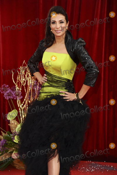 Shobna Gulati Photo - Shobna Gulati arrives at the British Soap awards 2011 held at the Granada Studios, Manchester.