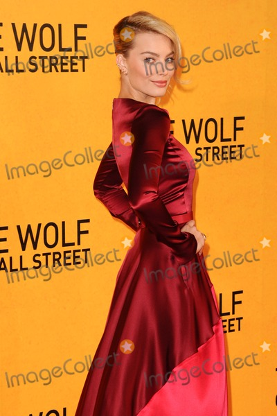 Margot Robbie, Leicester Square Photo - Margot Robbie arriving for the UK Premiere of The Wolf Of Wall Street, Odeon Leicester Square, London. 09/01/2014 Picture by: Steve Vas / Featureflash