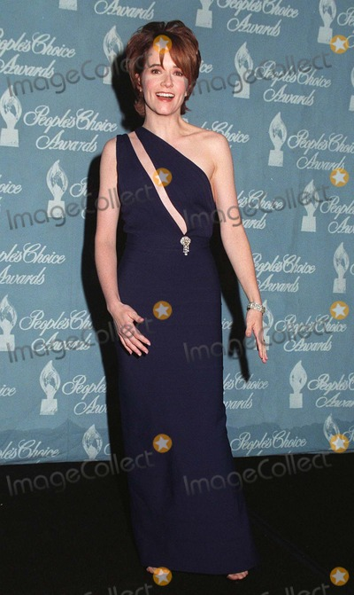 Lea Thompson, Léna Jam-Panoï Photo - 12JAN97: Actress LEA THOMPSON at the Peoples Choice Awards.    Pix: PAUL SMITH