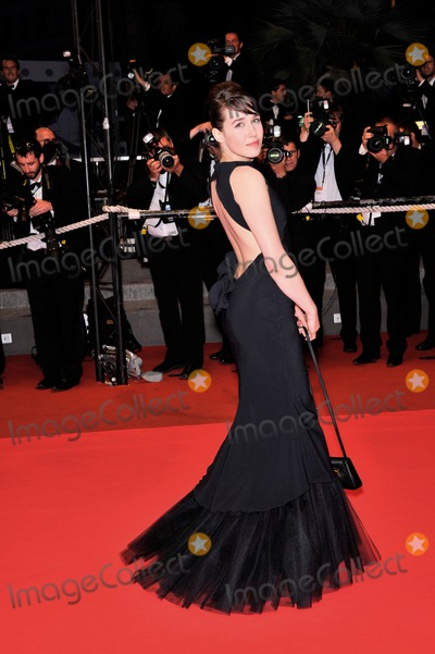 """Arta Dobroshi Photo - Arta Dobroshi at the premiere of her movie """"The Silence of Lorna"""" at the 61st Annual International Film Festival de Cannes.May 19, 2008  Cannes, France.Picture: Paul Smith / Featureflash"""