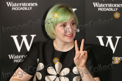 Lena Dunham, James Smith Photo - Lena Dunham signs copies of her book 'Not That Kind of Girl' at Waterstones, London. 29/10/2014 Picture by: James Smith / Featureflash