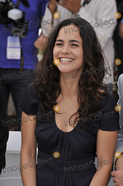 """Alice Braga Photo - Alice Braga at photocall for her movie """"Blindness"""" at the 61st Annual International Film Festival de Cannes.May 14, 2008  Cannes, France.Picture: Paul Smith / Featureflash"""