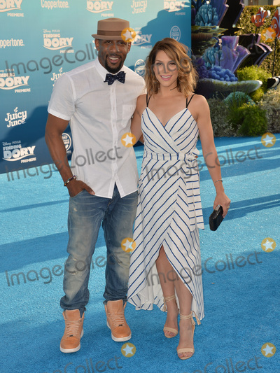 """Stephen Boss, Alison Holker, MIGUEL BOSÉ Photo - LOS ANGELES, CA. June 8, 2016: Actress Alison Holker & husband actor Stephen Boss, aka tWitch, at the world premiere for """"Finding Dory"""" at the El Capitan Theatre, Hollywood. Picture: Paul Smith / Featureflash"""