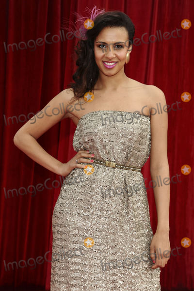 Hollies Photo - Holly Quin Ankrah arrives at the British Soap awards 2011 held at the Granada Studios, Manchester.