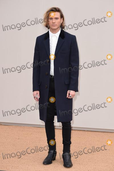 Dougie Poynter Photo - Dougie Poynter arriving at the Burberry Prorsum show during The London Collections Menswear A/W 2016 at Kensington Gardens, London.January 11, 2016  London, UKPicture: Steve Vas / Featureflash