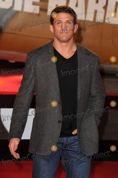 Alex Reid Photo - Alex Reid arriving for the 'A Good Day to Die Hard' UK Premiere, Empire Leicester Square, London. 07/02/2013 Picture by: Steve Vas / Featureflash