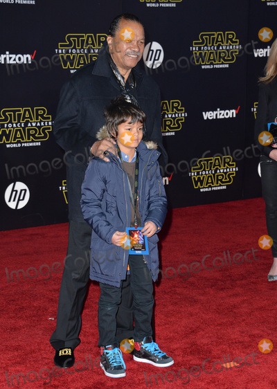 """Billy Dee Williams, Dee Williams Photo - Actor Billy Dee Williams & grandson at the world premiere of """"Star Wars: The Force Awakens"""" on Hollywood Boulevard.December 14, 2015  Los Angeles, CAPicture: Paul Smith / Featureflash"""