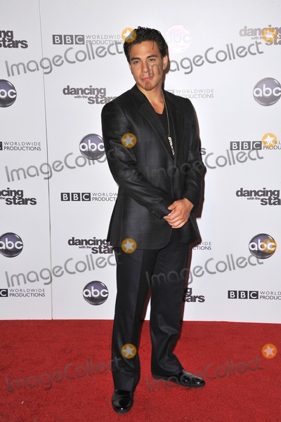 Apolo Anton Ohno Photo - Apolo Anton Ohno at the 200th episode party for Dancing With The Stars at Boulevard 3 in Hollywood.