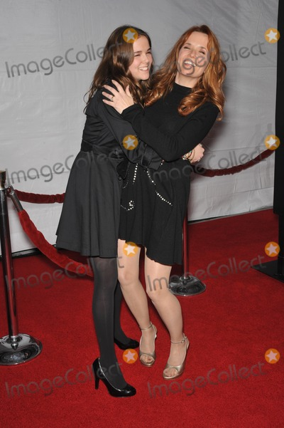 "Lea Thompson, Zoey Deutch, Grauman's Chinese Theatre Photo - Lea Thompson & daughter Zoey Deutch at the Los Angeles premier of ""The Lovely Bones"" at Grauman's Chinese Theatre, Hollywood.