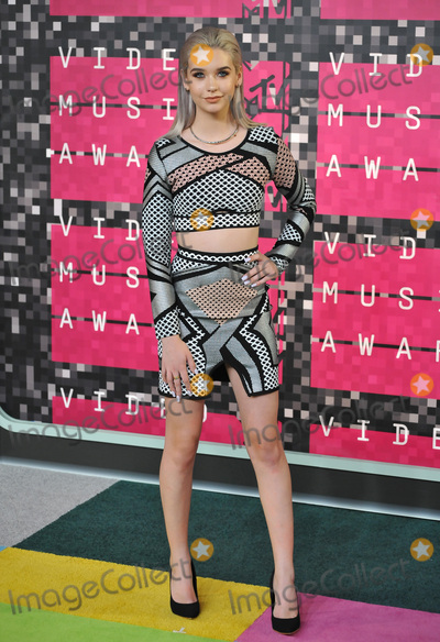 Amanda Steele Photo - Social media star Amanda Steele at the 2015 MTV Video Music Awards at the Microsoft Theatre LA Live.