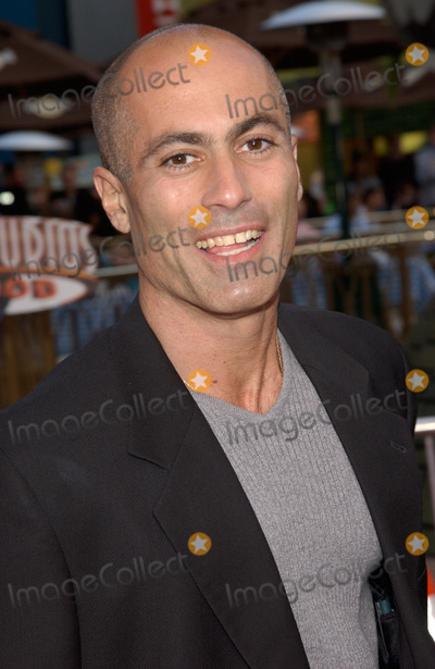 Adoni Maropis, Scorpions, The Scorpions Photo - Actor ADONI MAROPIS at the world premiere, in Los Angeles, of his new movie The Scorpion King.17APR2002. Paul Smith / Featureflash