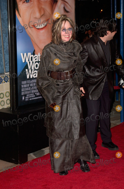 Diane Keaton Photo - Actress DIANE KEATON at the world premiere, in Los Angeles, of What Women Want.13DEC2000.   Paul Smith / Featureflash