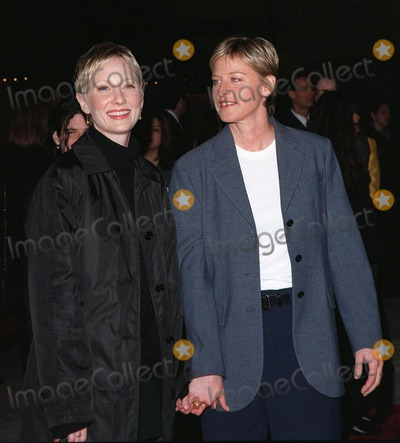 "Anne Heche, Ann Heche Photo - 12MAR98:  Comedienne ELLEN DEGENARES (right) & actress girlfriend ANNE HECHE at the world premiere of ""Primary Colors,"" in Hollywood."
